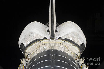 Photograph - The Aft Portion Of The Space Shuttle by Stocktrek Images