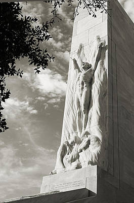 The Alamo Cenotaph In Black And White Art Print by Sarah Broadmeadow-Thomas