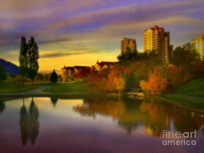 Kelowna Photograph - The Arrival Of Autumn by Tara Turner