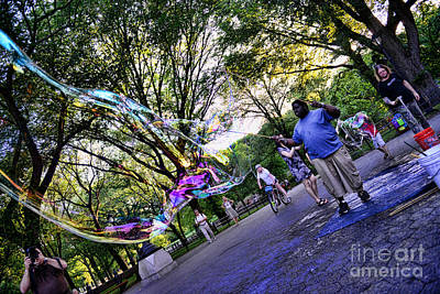 The Bubble Man Of Central Park Art Print by Paul Ward