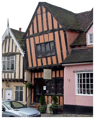 Photograph - The Crooked House Gallery by Frank Wickham