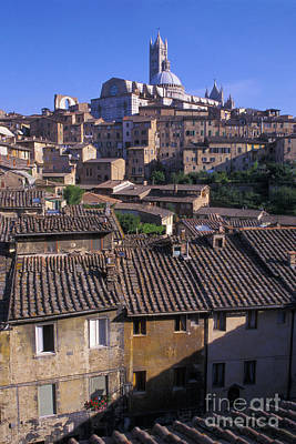 Italy Rooftops Photograph - The Duomo Over Rooftops Of Siena Italy by Gordon Wood