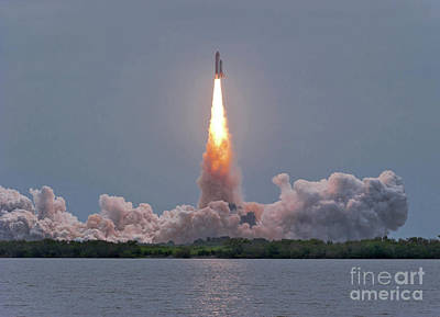 The Final Launch Of Space Shuttle Art Print