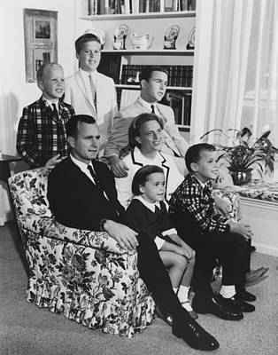 The George Bush Family In 1964 Art Print by Everett