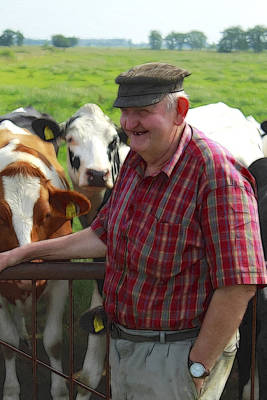 Open Range Painting - The Happy Farmer by Steve K