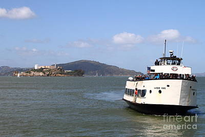 Alcatraz Photograph - The Harbor King Ferry Boat On The San Francisco Bay With Alcatraz Island In The Distance . 7d14355 by Wingsdomain Art and Photography
