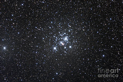 Blue Giant Star Photograph - The Jewel Box, Open Cluster Ngc 4755 by Robert Gendler