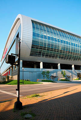 University Of Louisville Photograph - The Kfc Yum Center I by Steven Ainsworth
