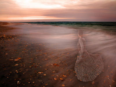 Beach Digital Art - The Last Time I Saw Her by Betsy Knapp