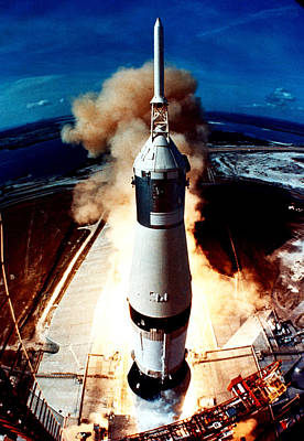 Space Ships Photograph - The Launch Of A Space Rocket by Stockbyte