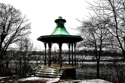 The Lemon Hill Gazebo - Philadelphia Art Print by Bill Cannon