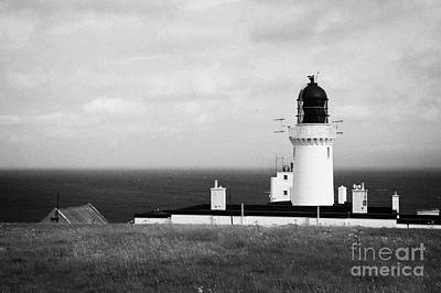 The Lighthouse At Dunnet Head Most Northerly Point Of Mainland Britain Scotland Uk Art Print by Joe Fox