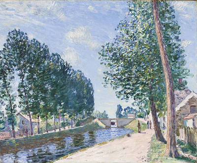 River Walk Painting - The Loing Canal At Moiret by Alfred Sisley