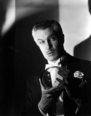 1947 Movies Photograph - The Long Night, Vincent Price, 1947 by Everett