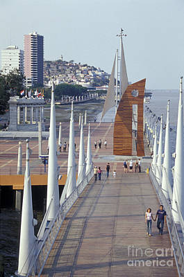 Photograph - The Malecon 2000 In Guayaquil Ecuador by John  Mitchell