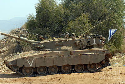 Photograph - The Merkava Mark IIi-d Main Battle Tank by Andrew Chittock