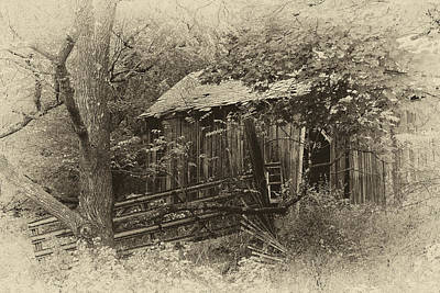Photograph - The Old Barn by Sara Hudock