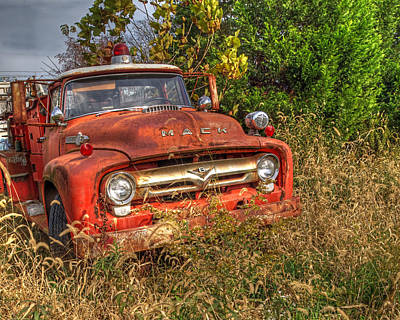 Photograph - The Old Fire Engine by Craig Leaper