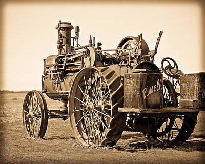 Photograph - The Old Steam Tractor by Steve McKinzie