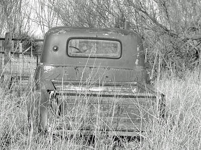 Photograph - The Old Truck by Teresa Blanton