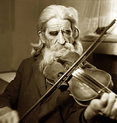 Photograph - The Old Violonist by Emanuel Tanjala