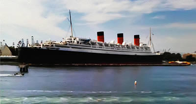 Liner Digital Art - The Queen Mary by Bill Cannon