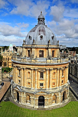 Photograph - The Radcliffe Camera In Oxford by Paul Cowan
