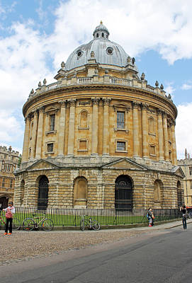 Photograph - The Radcliffe Camera by Tony Murtagh