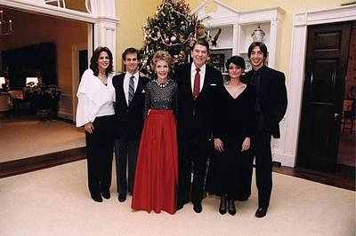 The Reagan Family Christmas Portrait Art Print by Everett