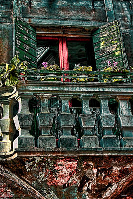 The Grand Place Photograph - The Rear Window Venice Italy by Tom Prendergast