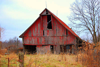 The Red Barn Art Print by Robin Pross