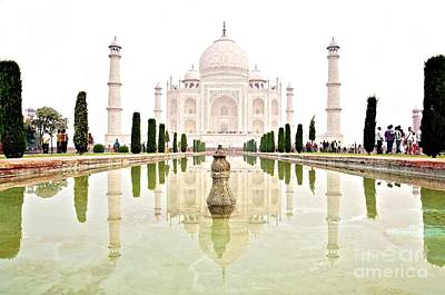 Photograph - The Taj Mahal At Sunrise In November  by Valerie Rosen