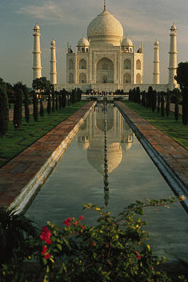 The Taj Mahal With A Reflection Art Print by Ed George