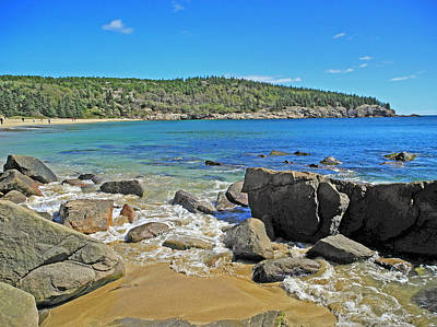 Photograph - The Tide Among Boulders by Lynda Lehmann