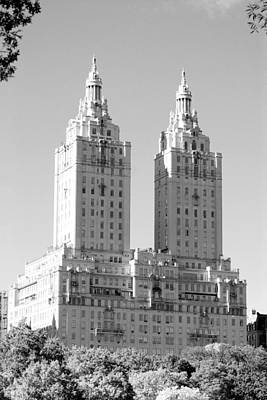 The Towers In Black And White Art Print by Rob Hans