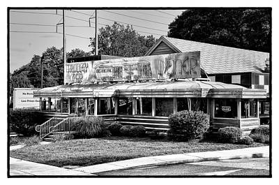 Germantown Photograph - The Trolley Car Diner - Chestnut Hill Philadelphia by Bill Cannon