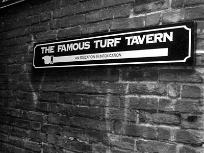 Photograph - The Turf Tavern by Rdr Creative