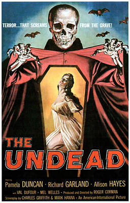 1957 Movies Photograph - The Undead, Pamela Duncan, 1957 by Everett
