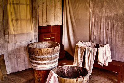 Photograph - The Wash Room At Fort Nisqually by David Patterson