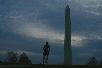 The Washington Monument Looms Art Print by Joel Sartore