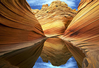 Photograph - The Wave Reflection by Joe  Palermo