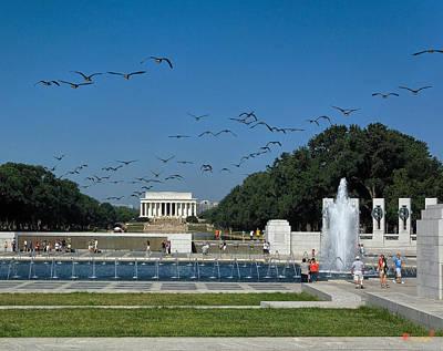 Photograph - The World War II Memorial--geese Incoming Ds029 by Gerry Gantt