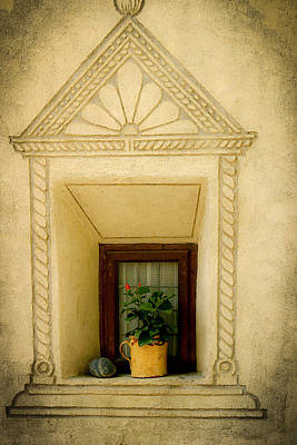 Photograph - The Yellow Pot by Emanuel Tanjala
