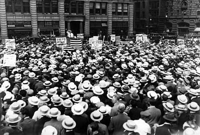 Thousands Of Union Members Attending Art Print by Everett