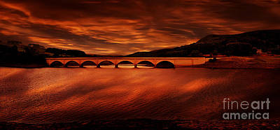 Howden Reservoir Photograph - Through The Arches by Nigel Hatton