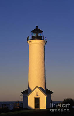 Photograph - Tibbetts Point Lighthouse - Fm000021 by Daniel Dempster