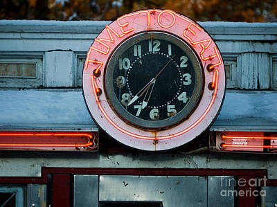 Nostalgic Sign Photograph - Time To Eat by Edward Fielding
