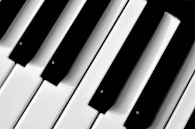Tinkling The Ivories Art Print by Bill Cannon