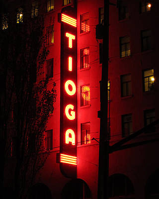 Tioga Hotel In Coos Bay Oregon Art Print by Gary Rifkin