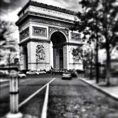 Iphoneonly Photograph - #today #paris #monument #bnw #monotone by Ritchie Garrod